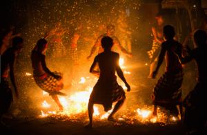 Dance of Fire.4